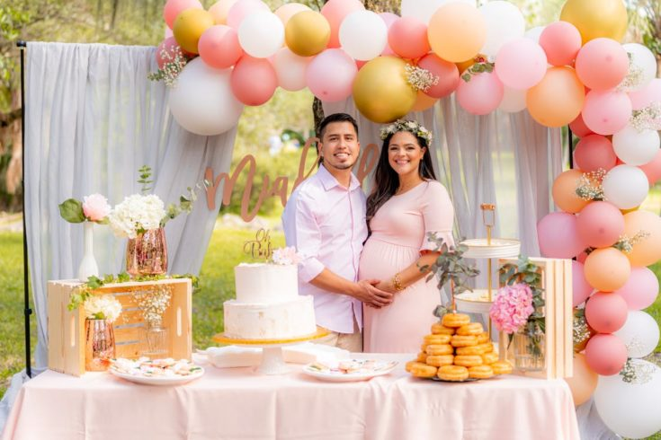 couple baby shower