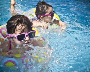 Swimming for Beginners: Fun Ways to Teach Your Children How to Swim