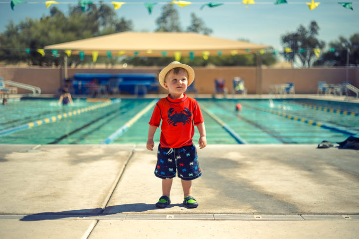 How to Successfully Teach Your Toddler to Swim This Summer