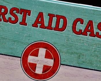 General First Aid: 4 Go Tos For Your Family's Kit